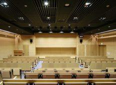 金融機関 4階ホール