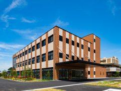 老人保健施設+看護学校 (1)